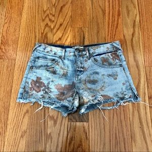 FREE PEOPLE   Floral Distressed Faded Jean Shorts